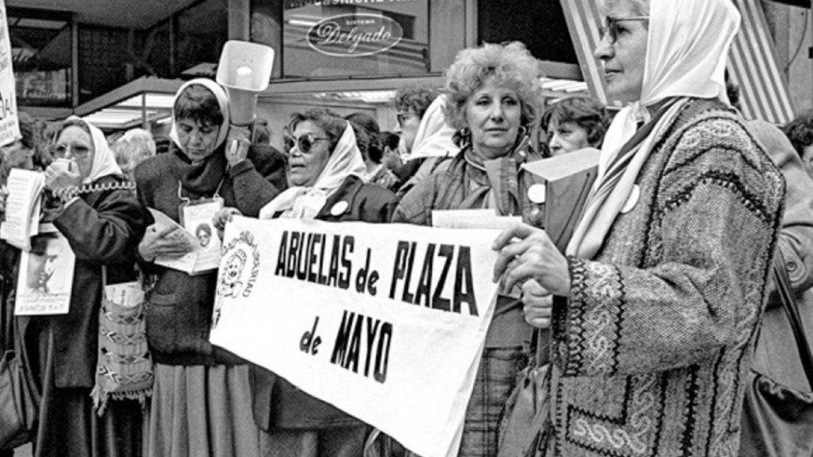 Abuelas de Plaza de Mayo invita a festejar el Día de los Abuelos y las Abuelas con conciencia