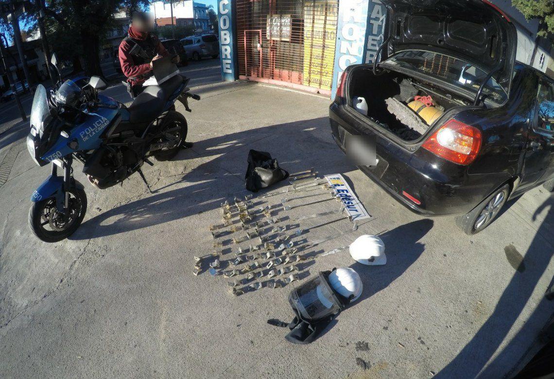 Cae banda de falsos operarios de la empresa de energía eléctrica Edesur que cometía robos en hogares.