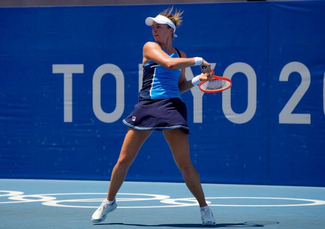 La argentina Nadia Podoroska avanza en Tokio 2020.