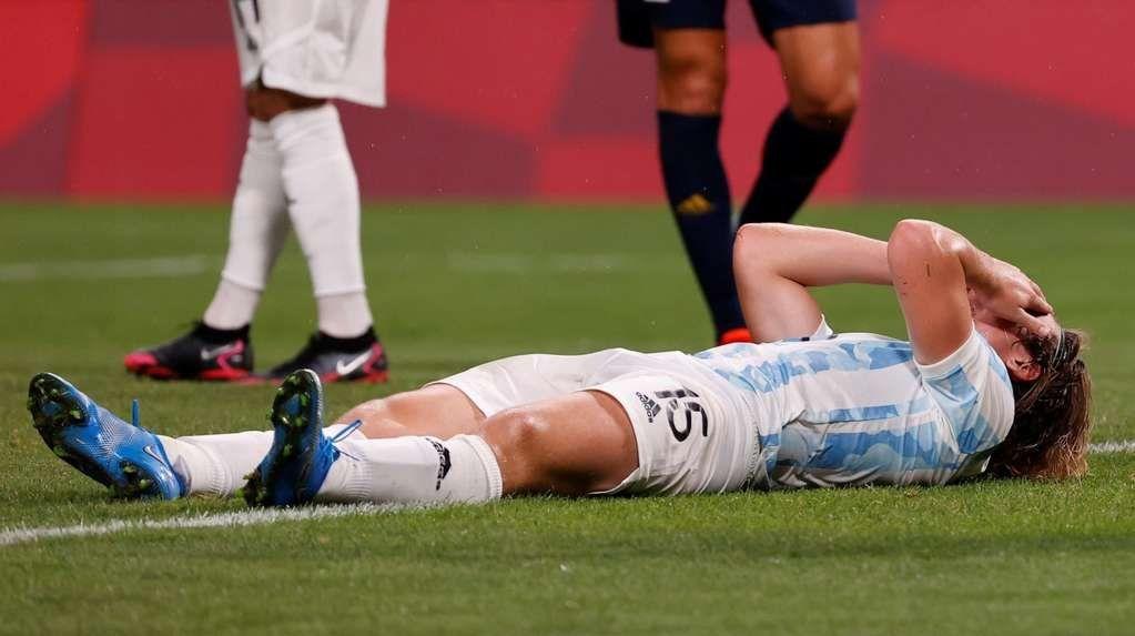 Las lágrimas de Pedro de la Vega al consumarse la eliminación de los Juegos.