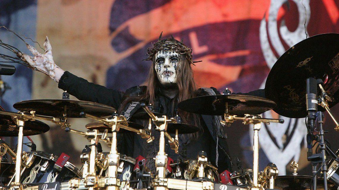 Murió Joey Jordison