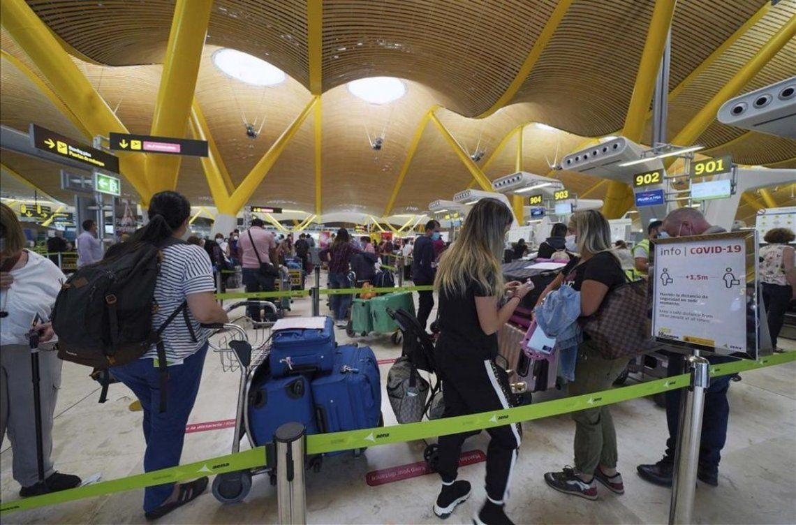 España reanudará vuelos con Brasil, pero exigirá cuarentena