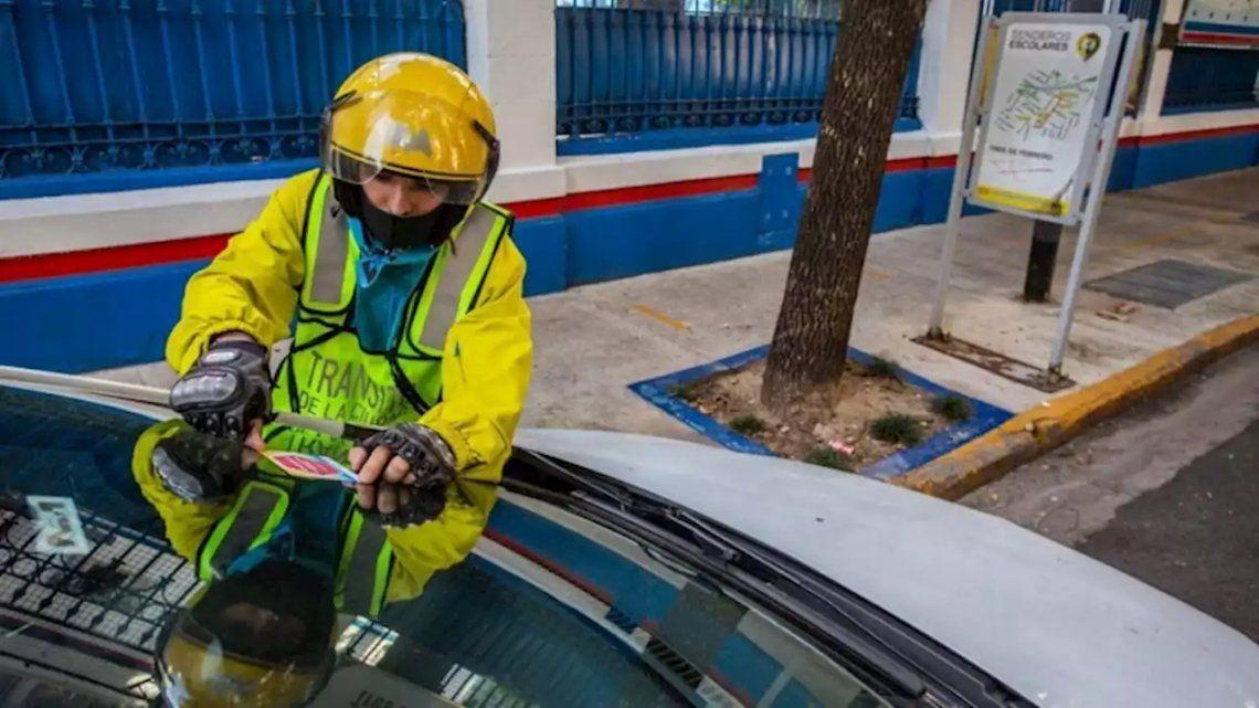 CABA: vuelven a regir las normas habituales para circular y estacionar