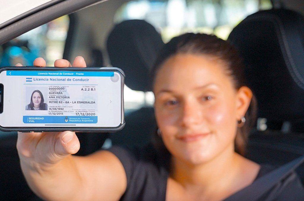En la provincia de Buenos Aires la edad habilitante a sacar la licencia de conducir es de 17 años. Archivo.