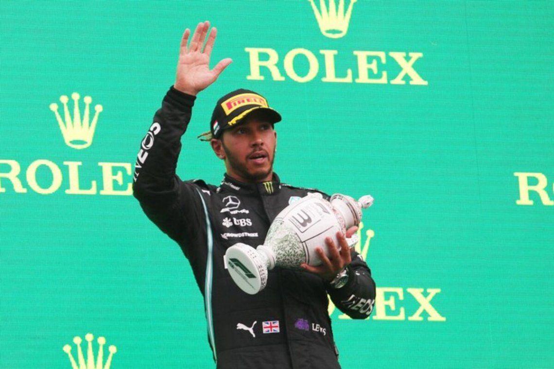 Lewis Hamilton en el podio.