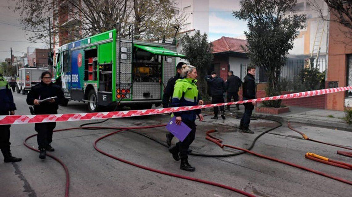 El incendio se habría originado tras la caída de una estufa eléctrica.