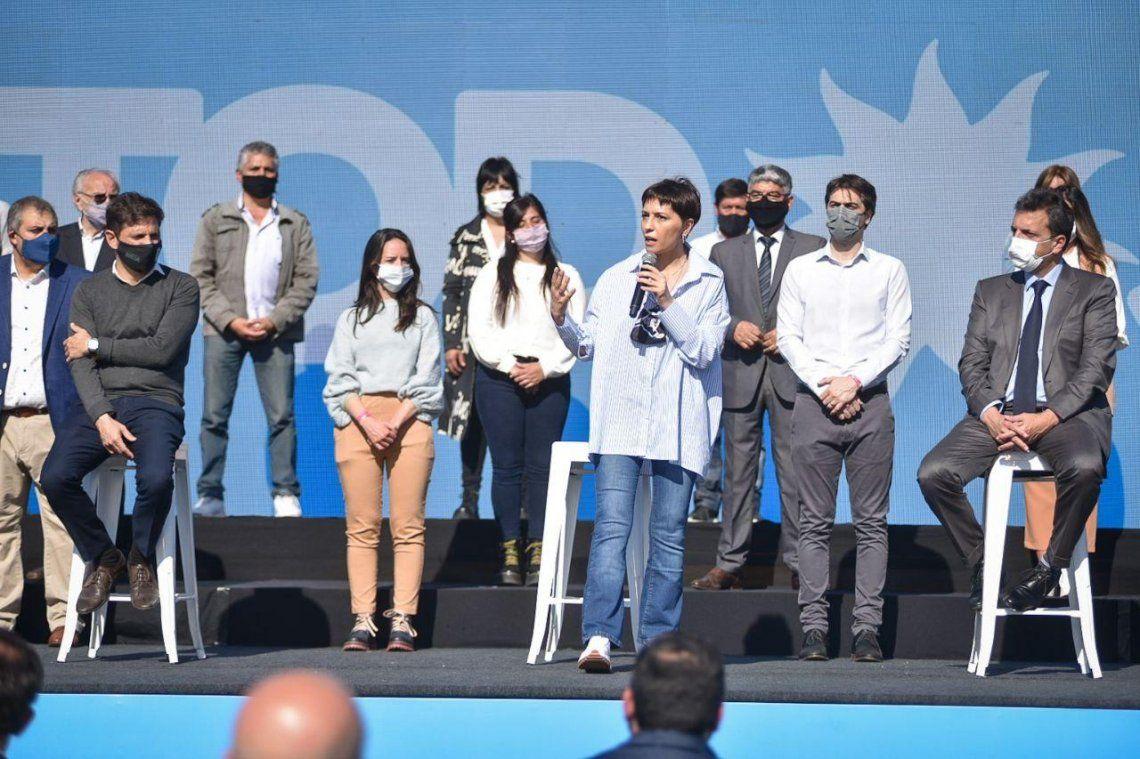 Mayra Mendoza presentó a los precandidatos del Frente de Todos