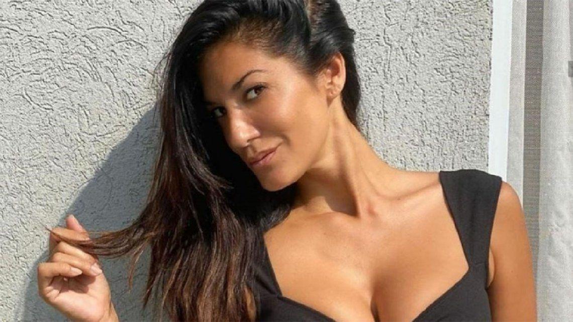 Silvina Escudero posó en bikini y bajo el sol.