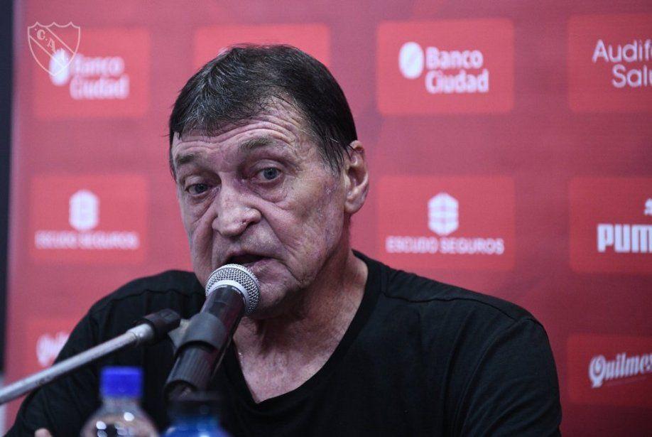 Julio Falcioni resaltó el triunfo de Independiente: El clásico nos cayó justo para levantar el ánimo.