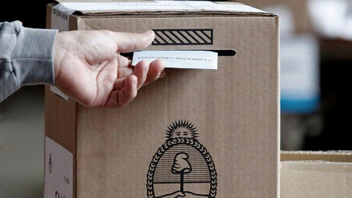 El desplazamiento del voto desde el FdT hacia otras alternativas resulta evidente en los centros urbanos.