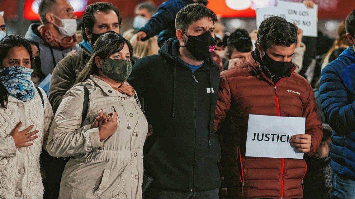 Los padres de la menor encabezaron una marcha en Rafaela para pedir justicia.