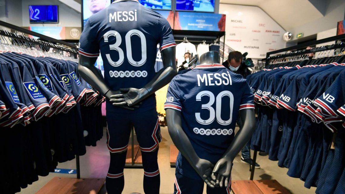 La camiseta 30 de Messi se agotó en una hora