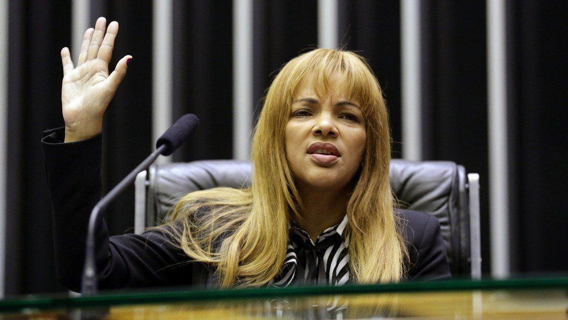 Brasil: destituyen a diputada evangélica acusada de ordenar el crimen de su marido