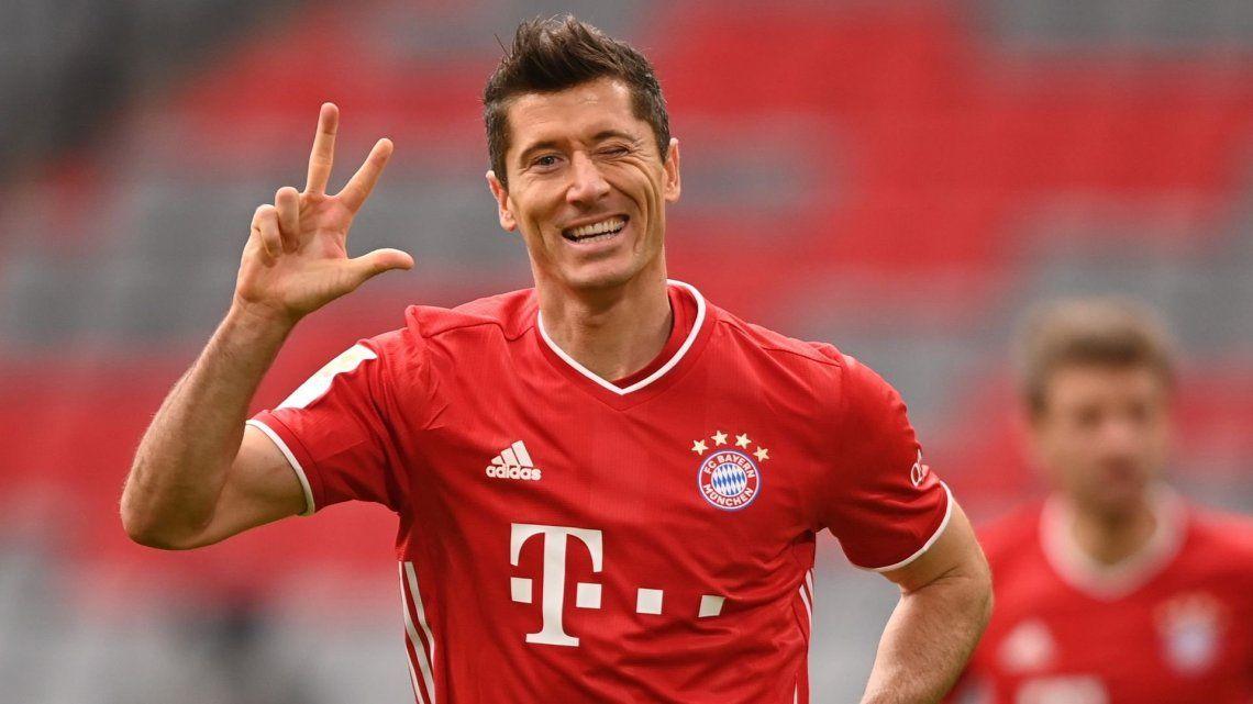 Robert Lewandowski por ahora se queda en el Bayern Munich