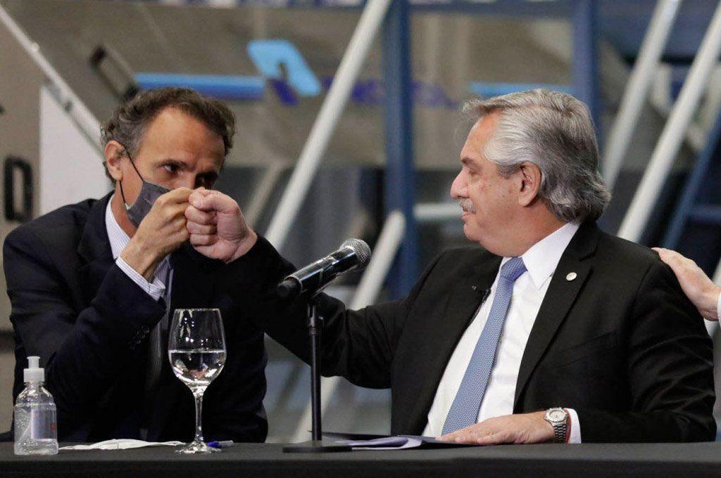 El ministro Gabriel Katopodis junto al presidente Alberto Fernández. Archivo.