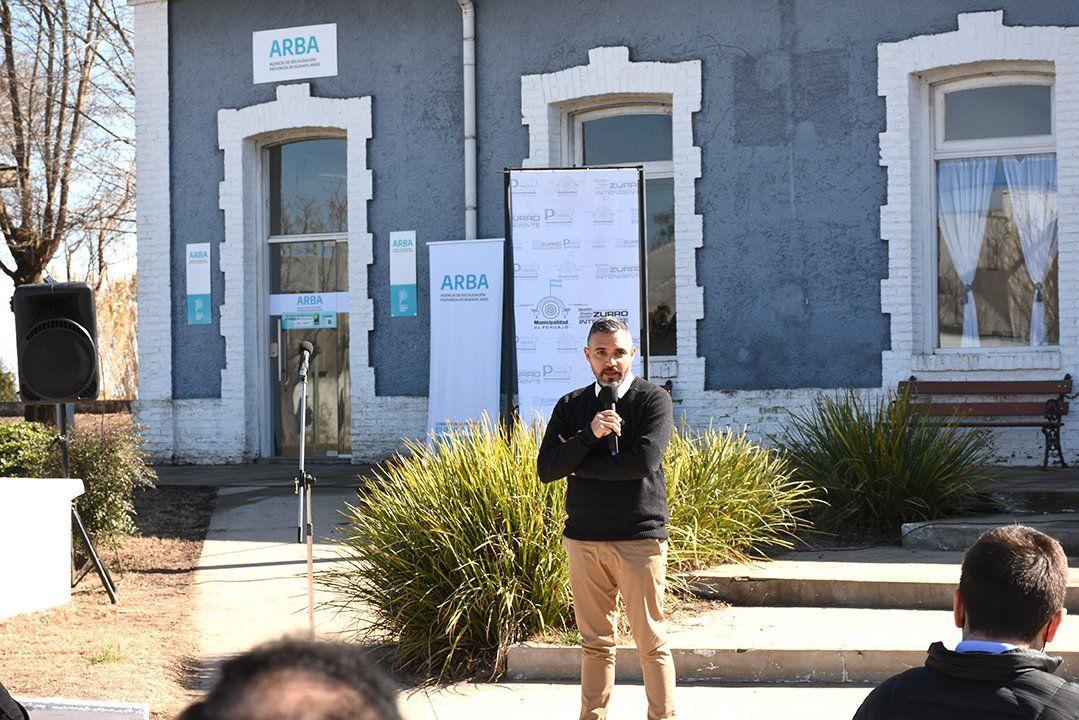 Cristian Girard reinauguró la oficina de ARBA en la localidad Mones Cazón