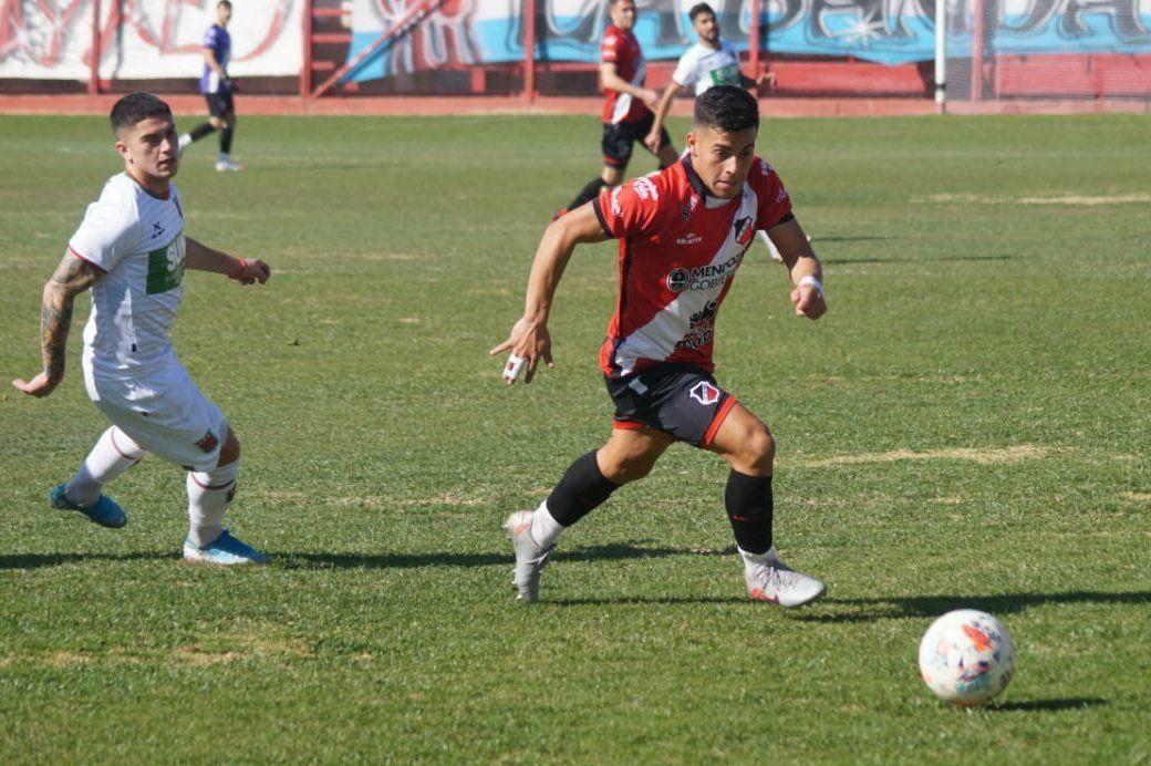 Deportivo Maipú se hizo fuerte en el inicio de una nueva fecha de la Primera Nacional