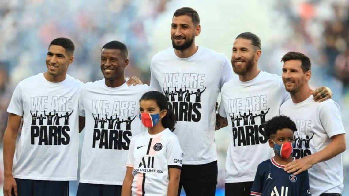 Lionel Messi junto a las otras incorporaciones del PSG