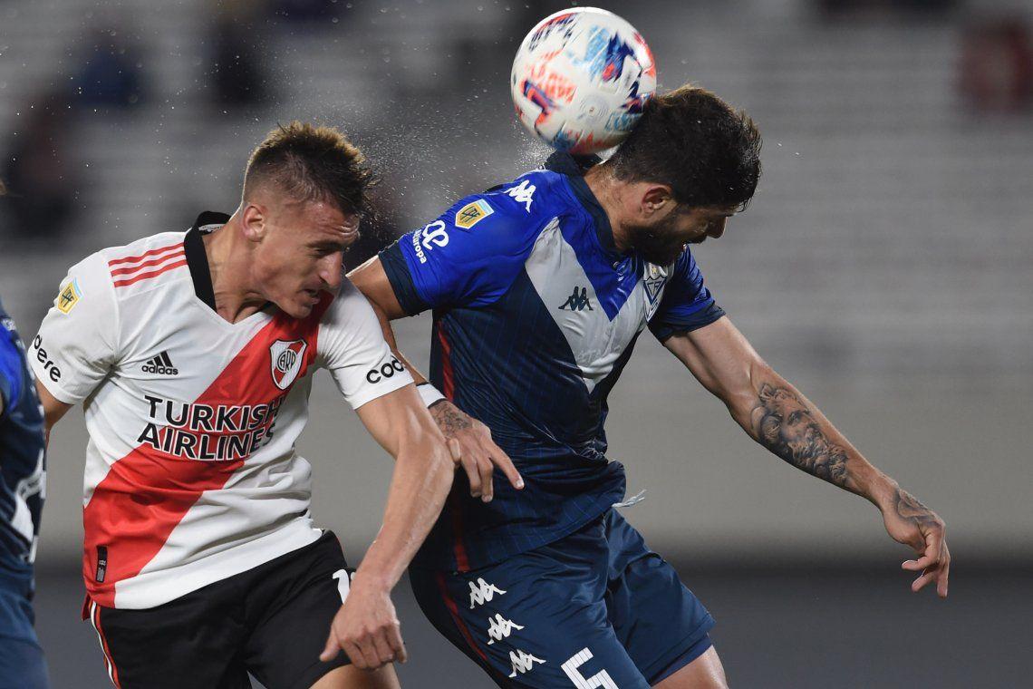 River Plate derrotó a Vélez y se metió en la discusión
