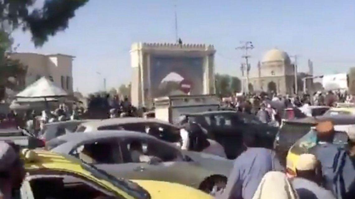 Terror en la capital de Afganistán por la llegada de los talibanes