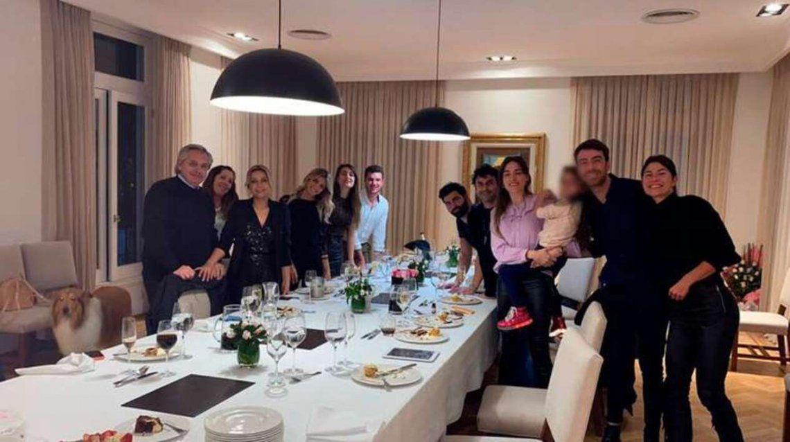 La foto del cumpleaños de la Primera Dama en Olivos que desató el escándalo