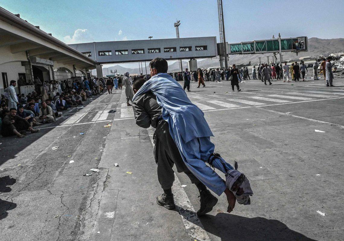 En fotos: continúan las evacuaciones en Kabul