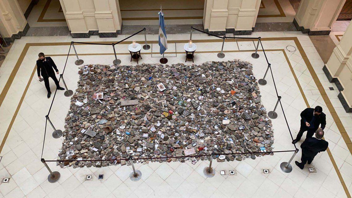 Marcha de las piedras: el Gobierno puso en marcha la construcción de un espacio de memoria