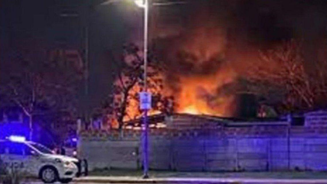 Quilmes: incendiaron intencionalmente un refugio de animales.