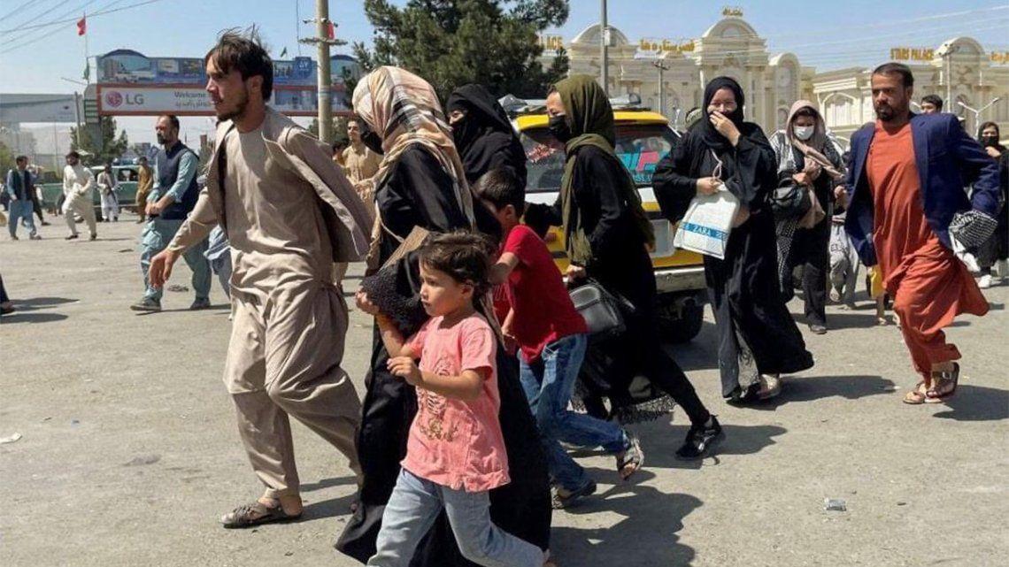 Miles de mujeres escaparon del país tras la toma del poder por parte de los talibanes.
