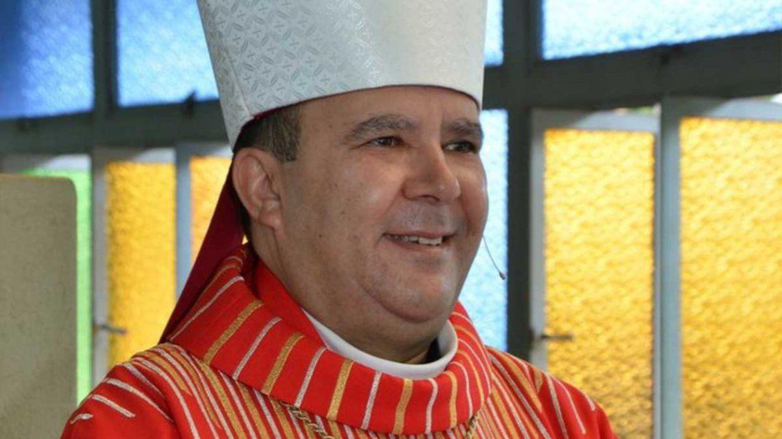 Renunció un obispo por un escándalo sexual.