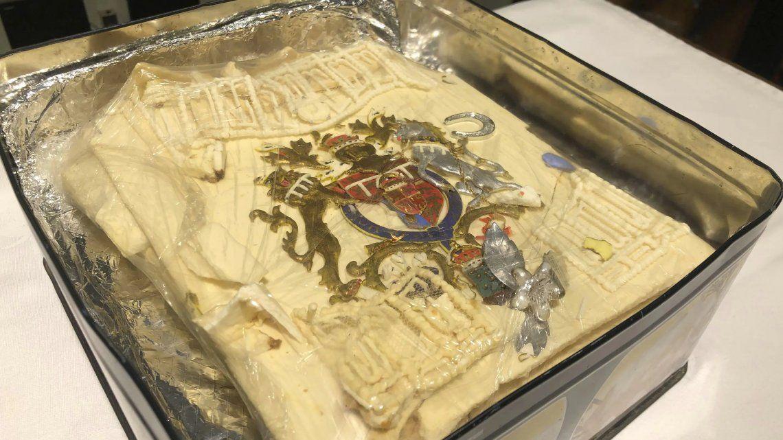 Subastan una porción de la torta de bodas de Lady Di y el Príncipe Carlos congelada durante 40 años