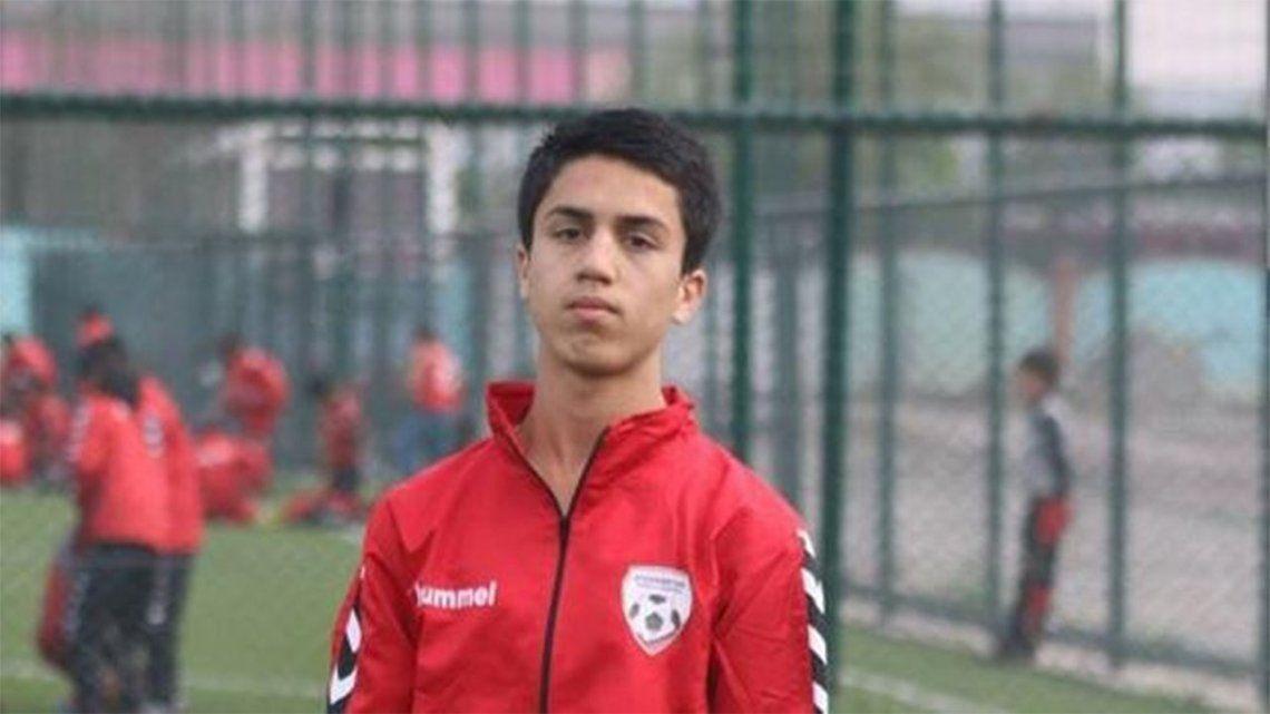 Afganistán: futbolista de la selección murió al intentar huir de los talibanes.