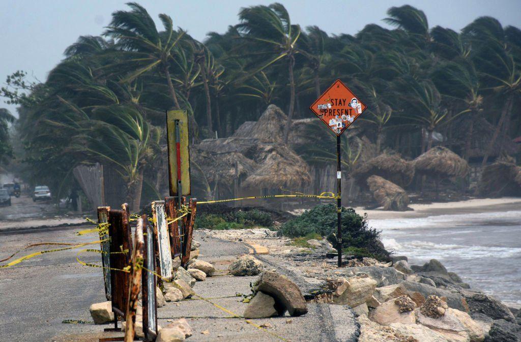 El huracán Grace alcanzó la categoría 2 y tocó tierra en México