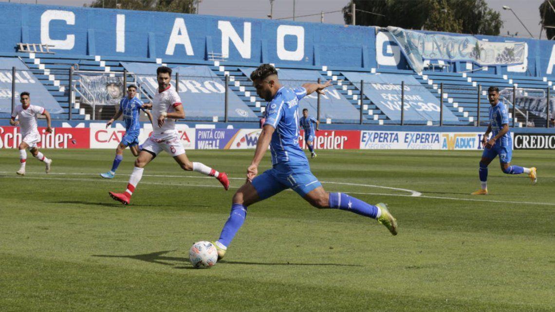 Entretiempo: Godoy Cruz y Huracán empatan 1 a 1 en Mendoza.