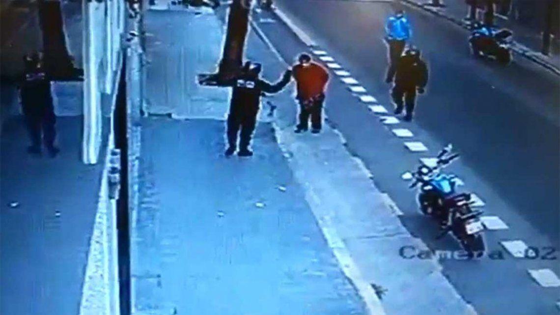 Comienza el juicio contra el policía de la Ciudad que mató a un hombre de una patada.