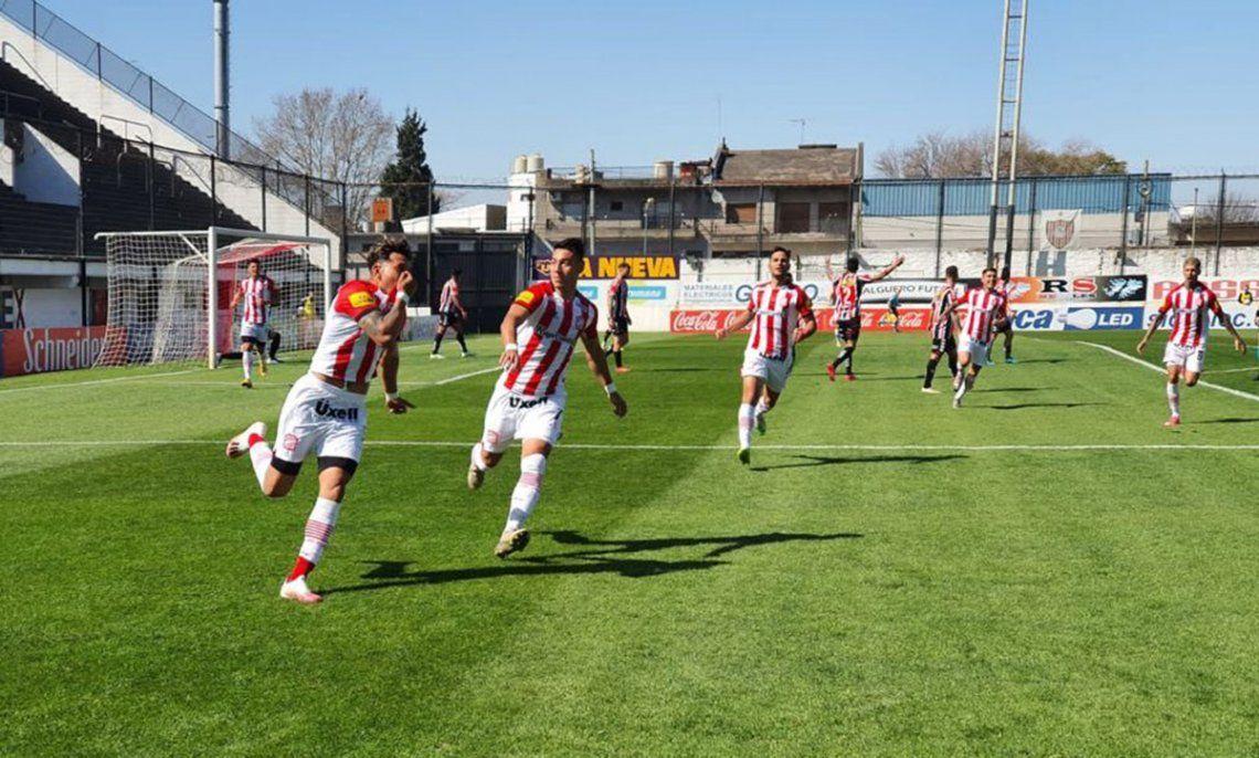 Lucas Diarte abrió el marcador del partido en Tucumán.