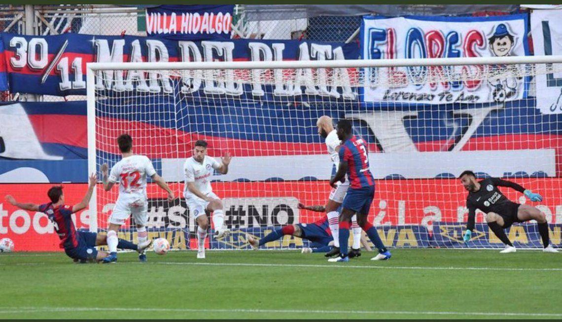 Argentinos venció 1-0 a San Lorenzo.