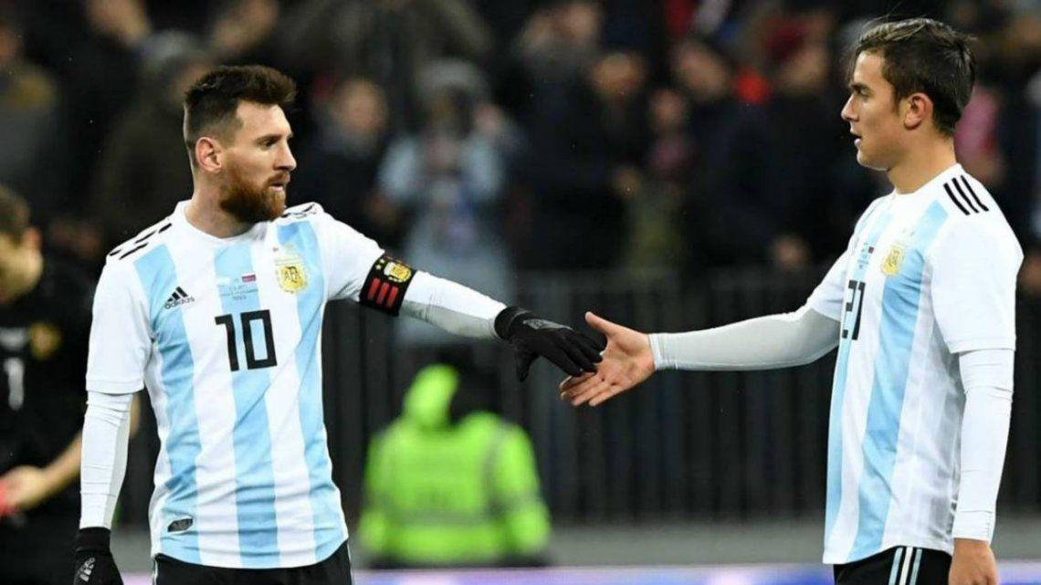 Scaloni dio la lista: está Messi y vuelve Dybala
