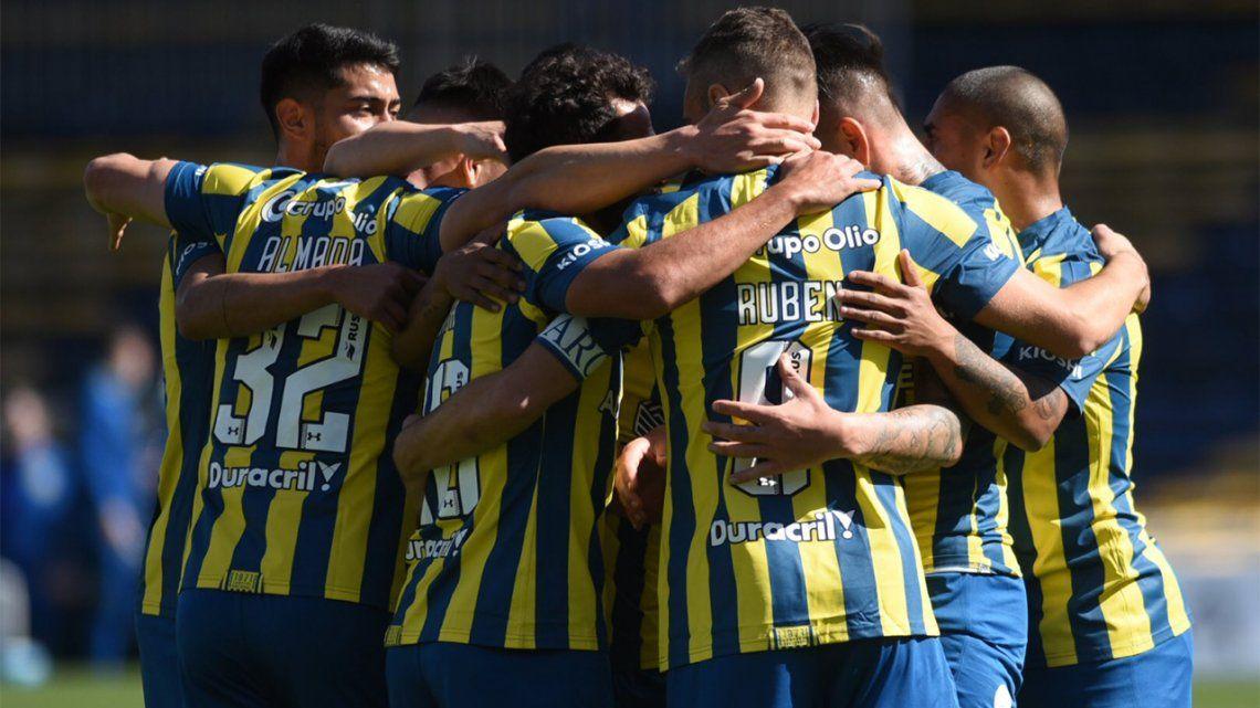 Rosario Central goleó a Arsenal en Arroyito.