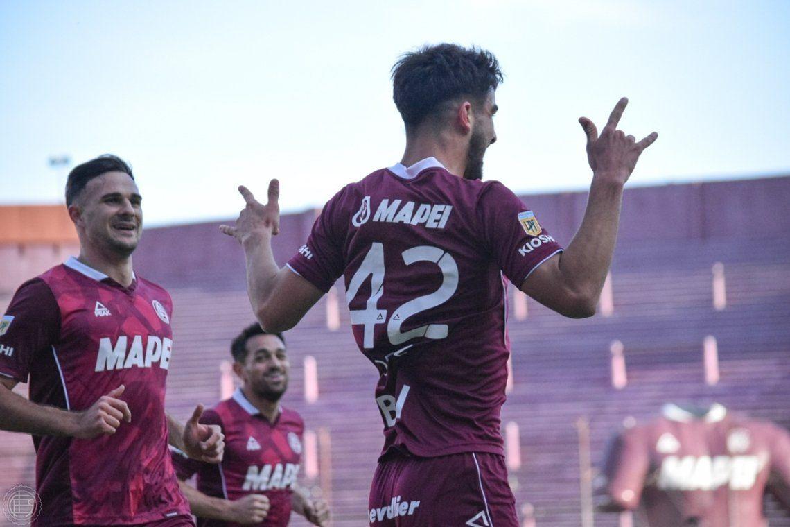 López abrió el camino para que Lanús mande en el fútbol argentino.