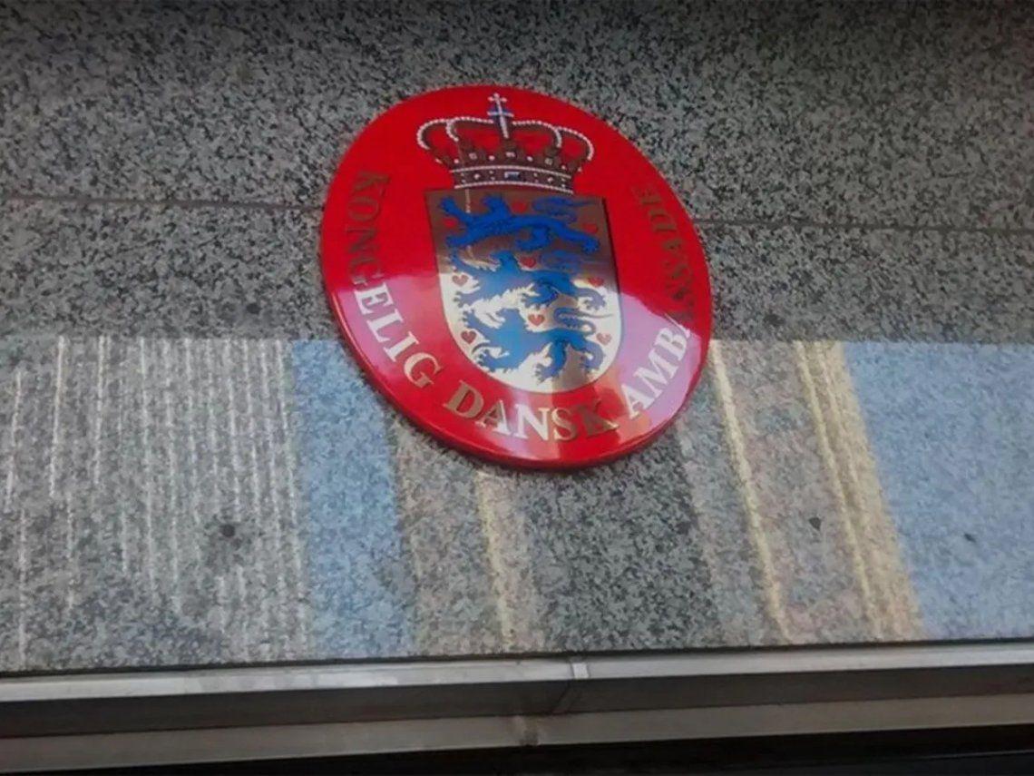 Dinamarca anunció que cerrará su embajada en Buenos Aires.