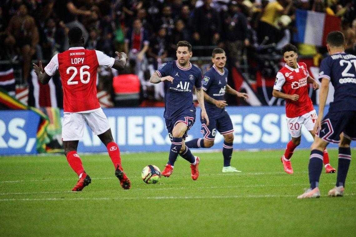 La Pulga reemplazó a su amigo Neymar y así selló su debut con la camiseta del PSG.