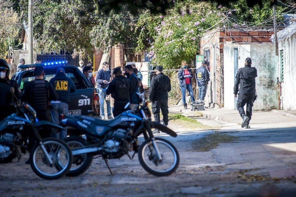 Rosario: un muerto y un herido en ataque a una rotisería.