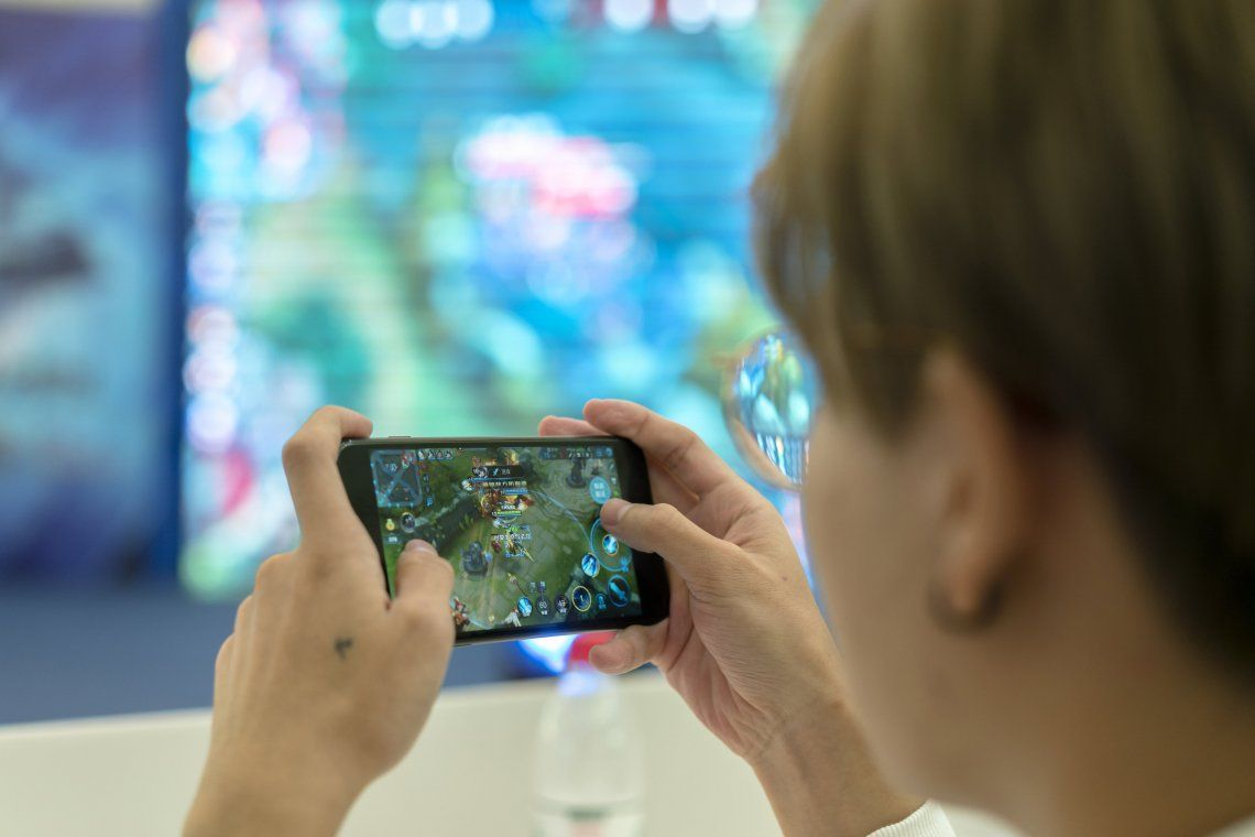China: autorizan sólo tres horas de videojuegos semanales a los menores de edad