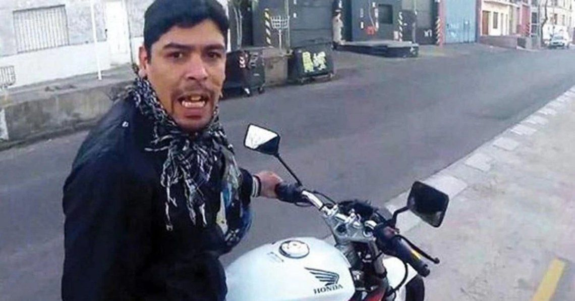 Aguirre asaltó a un turista canadiense.