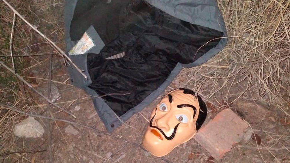 Mujer robo vestida como un personaje de La Casa de Papel pero la detuvieron.