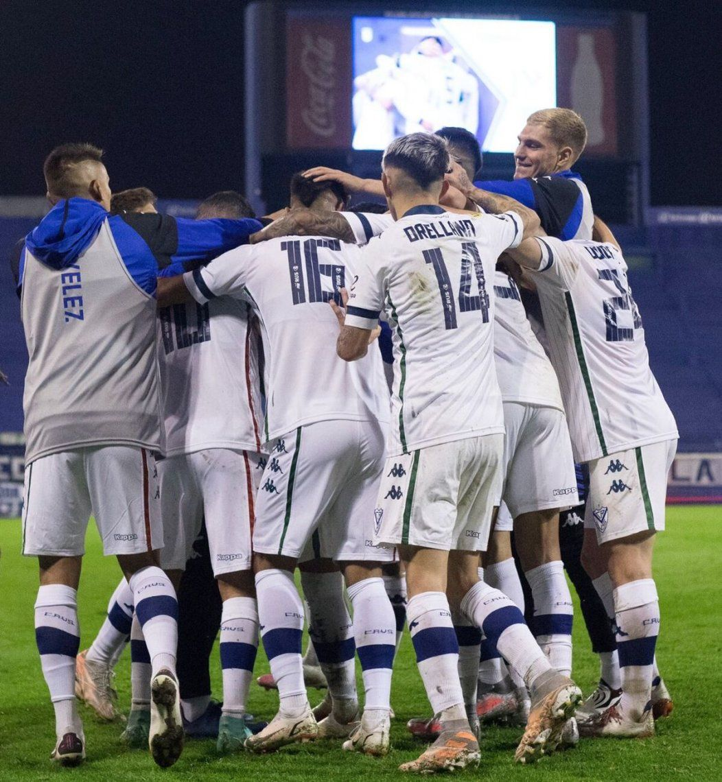 Vélez se impuso por 4-0 a Unión.