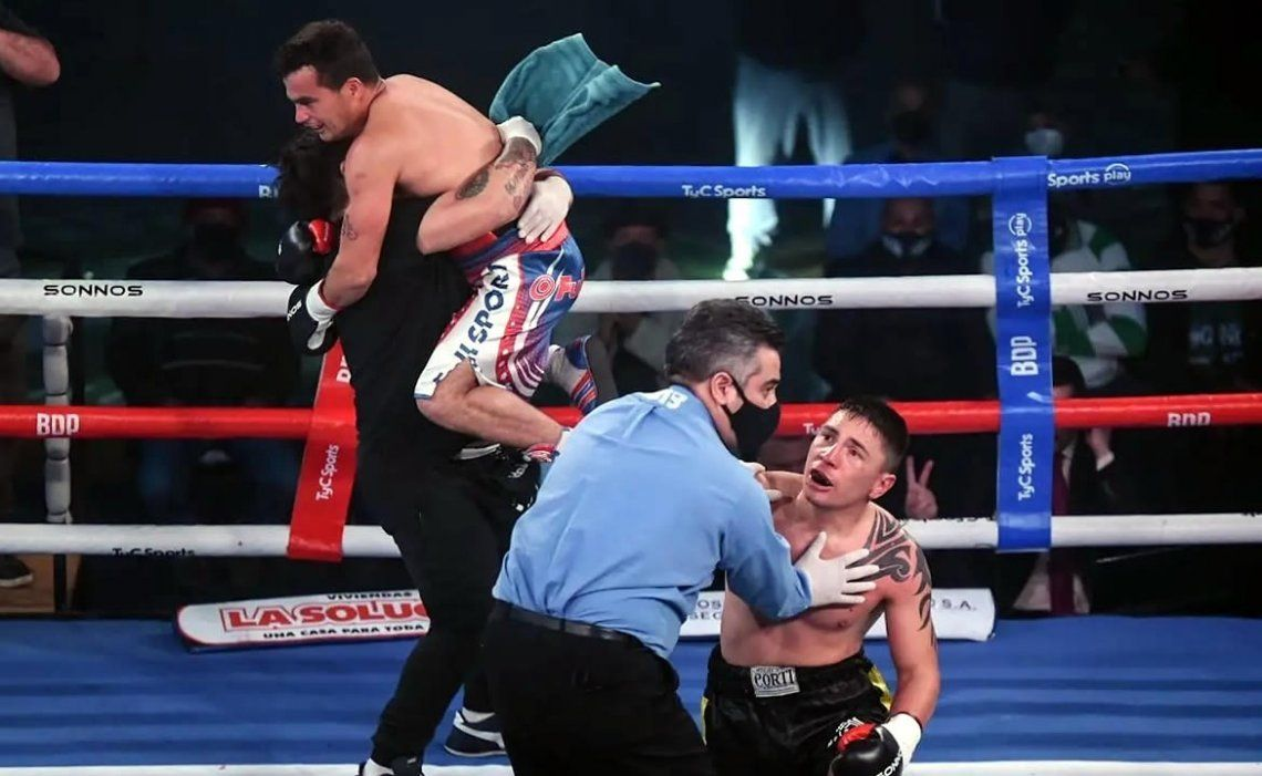 La actuación del árbitro en la pelea entre Miguel Correa y José Acevedo merecería la intervención de la FAB
