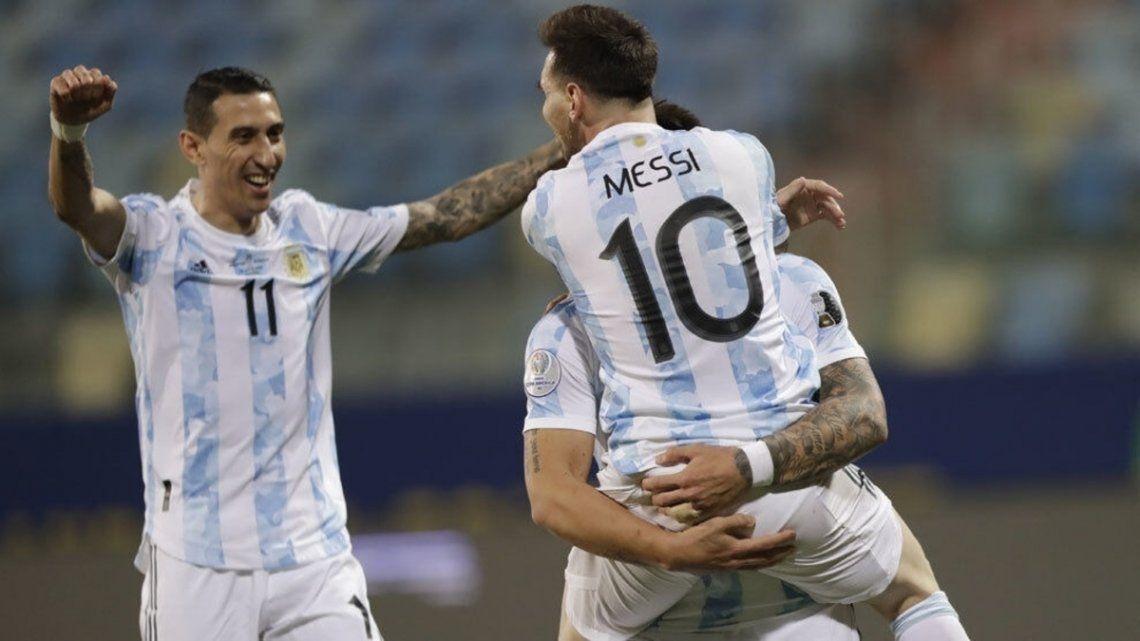 Argentina se reencuentra con los hinchas en el Monumental.