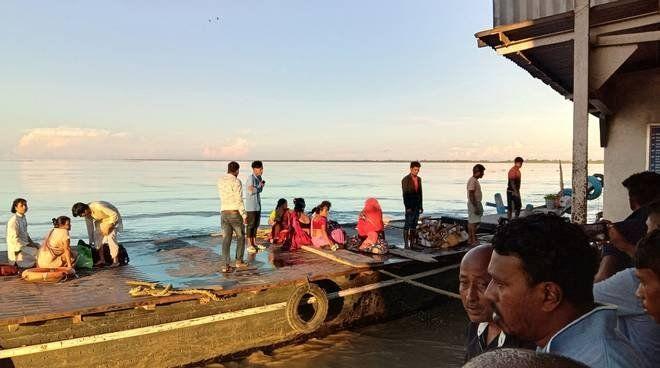India: un muerto y 35 desaparecidos tras chocar un ferry